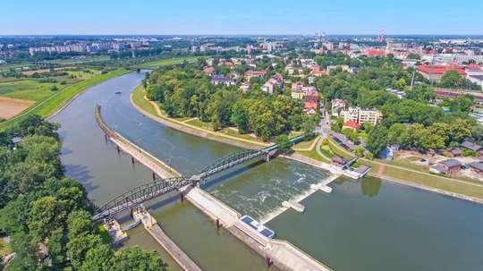 Ziemia opolska – w krainie zamków i pałaców oraz stolicy polskiej piosenki