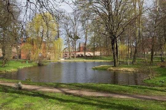 Zachodnie Mazowsze – Mazurki Chopina, wycinanki i pałace